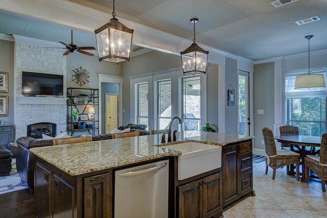 Jak zaprojektować oświetlenie w domu? Estetyczne i praktyczne oświetlenie